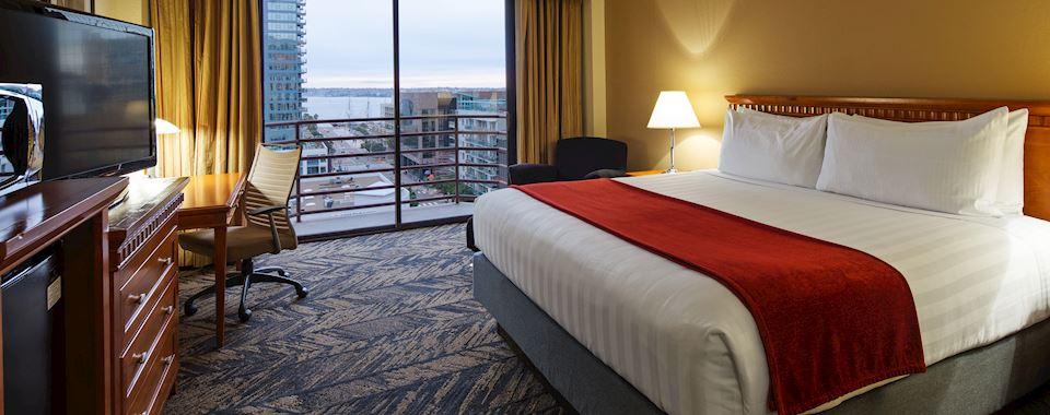 Bay View Rooms in Best Western Plus Bayside Inn San Diego